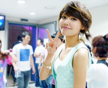 i will always choose sooyoung for every contest. eh eh xD