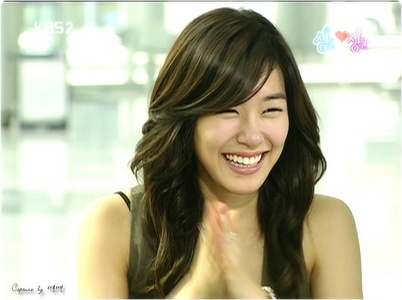 Who have a better smile?Tiffany or Sooyoung? - Girls ...