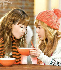 I'd be Taeyeon یا Jess <3 Tae : So I can be the leader :D and hug all the snsd members widout them thinking I'm crazy! Jess : To just be pretty and دکھائیں off my english and my voice ofcource!