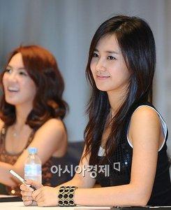 yuri یا seohyun