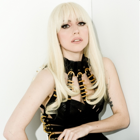 LADY GAGA <333 jared leto from 30 সেকেন্ড to mars. কোল্ডপ্লে . and i am a little pit obsessed whit PLL and 90210 ফেসবুক and ফ্যানপপ and DC & NIKE 6.0 sneakers
