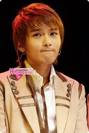This cute pic is of Ryeowook from Super Junior. Cute huh??