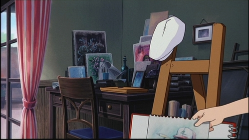 I don't know exactly who kissed ash in this I don't know exactly who kissed Ash in this episode, but there are some hints about this: Bianca's Hint: -Bianca's hat is left on the easel. There is a possibility that Bianca tried to look like Latias in her human guise da leaving her hat there so that Ash wouldn't think it was Bianca who kissed him. Latias Hint: -At the end of the movie when Ash is about to leave, Latias runs up to Ash and kisses Ash on the cheek. While the possibility of it being Bianca is noted, the fact that she does not speak and is not wearing the white berretto, beret means that Latias is the più likely of the two. So, What is your choice? ( source: http://bulbapedia.bulbagarden.net/wiki/Shipping:AltoShipping )
