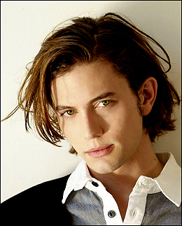 Jackson rathbone <3 I also cinta Milo ventimiglia, Shane west, Michael trevino and a LOT others, but Jackson rathbone is my favorit oleh far.
