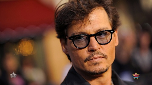 well,its a vryyyyyyyyyyyyyyyyyyyyyyyyyyyyy hard question,hmmm but right now i should say johnny depp