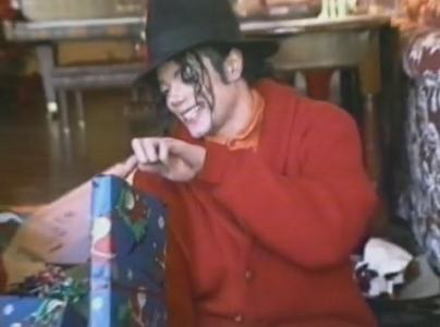 I dont hold with what his father did he may have thought it would make Michael stronger but with someone as talented and gentle as Michael it put him through hell which haunted him till the siku he died.