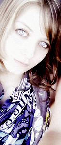 that's me. My eyes look scary in this picture ^^''