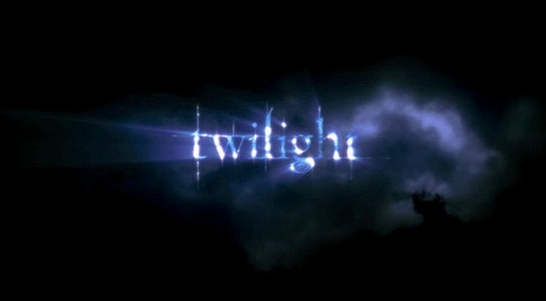 i personally prefer the twilight series!!!! if آپ wanna know مزید about vampire diaries, آپ had better ask other people, 'cause i'm stuck with twilight and i'm afraid i can't be very.....objective!!!!!! lol:)