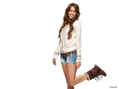 LOve this Pic of hers.....check out my iugnay 2 http://www.picpiggy.com/bank/miley_cyrus_boots_pictures-1253561876.jpg http://www.jeansinboots.com/images/jeansinboots/miley2.jpg