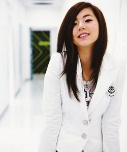 Sohee,I think I started to Liebe her ^^.But my fave of WGs is still Yubin