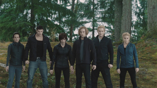 no way!!!!! maybe a big fight with the volturi would be Mehr interesting, but i wouldn't change it 4 the world!!!!!!!!:)