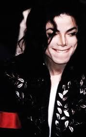 yess i would who can stayy mad at michael i mean look at that face................