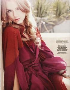 Taylor Alison Swift!! <3