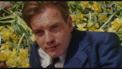 What is it about ewan mcgregor that you like ewan for Ewan mcgregor big fish