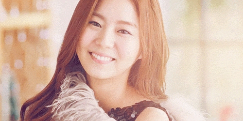 I love all of them but i think i like uee a little bit more!