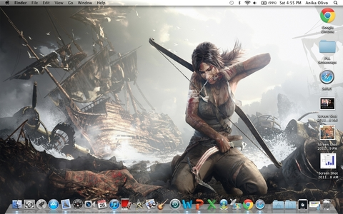 I have so many and I can't choose. So I'll post my current one. Fuck yeah. Lara Croft, bitches. (I normally have 298371249 screenshots though. Now I just have 3, two browsers, and some Zufällig folder.)