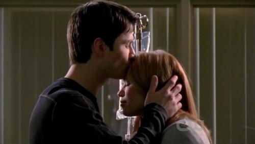 1. Nathan & Haley - One Tree Hill 2. Chandler & Monica - Friends 3. Seth & Summer - The O.C. 4. Danny & Lindsay - CSI: NY 5. Ross & Rachel - Friends