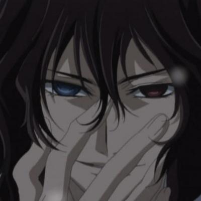 Rido Kuran from Vampire Knight has one blue eye and one red eye