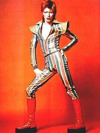 could wewe draw a manga version of this guy? (ziggy stardust aka david bowie)