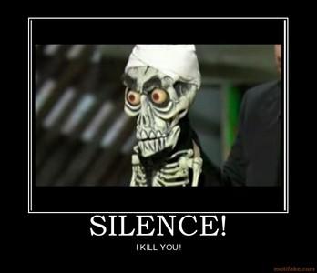 Achmed kills U!