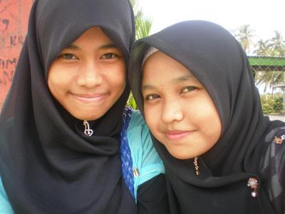 farah zila..besides me(right)..