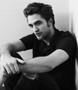 robert pattinson!!!!!!!!!!!!!!!!!!!!!!!!! i'm stuck and obsessed with him!!!!!!<3 rpattz