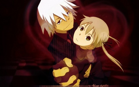 i amor all of the Soul Eater cast and Soul & Maka are my favoritos in the show ^^
