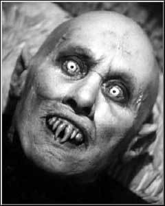 Now this is a vampire!!! (from Salem's Lot) Not like that wimpy twilight crap :/