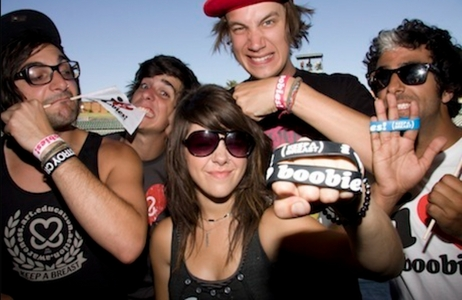 This perfect band, We Are The In Crowd. They're all such fantastic people and I tình yêu them forever. <3
