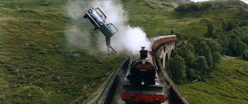 Ford Anglia 또는 the Train
