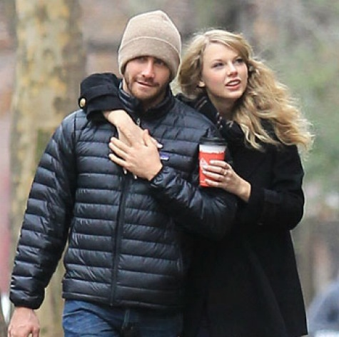 They are so cute together...!