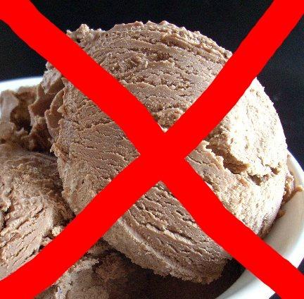 People think I'm insane, but I despise chocolate ice cream. I amor chocolate, and I'll eat generally anything with chocolate. But never chocolate ice cream.
