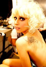 """Motto: Act like a Lady , Think like a Boss !! आइकन : Mother monster """"Lady gaga"""""""