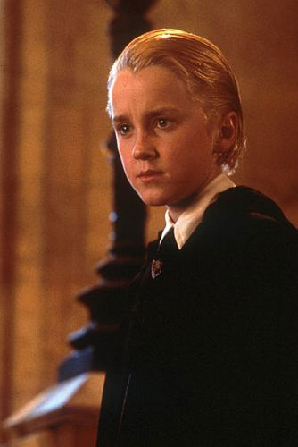 Raise your hand if bạn know my answer kiddies!!!!!! say it all together now...DRACO!!!!!!