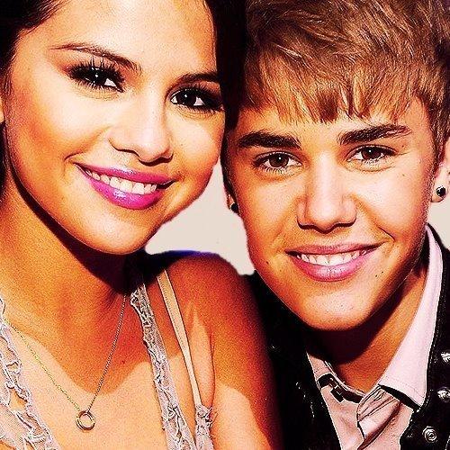 my1 Selena & Justin