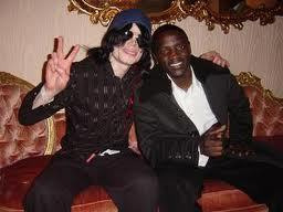 "i'll dedicate him ""CRY OUT OF JOY"" 의해 ""AKON"""