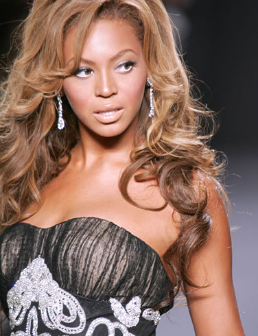 10 absolutely. beyonce is my idol. I want to be just like Beyonce. cinta u girl! :)))