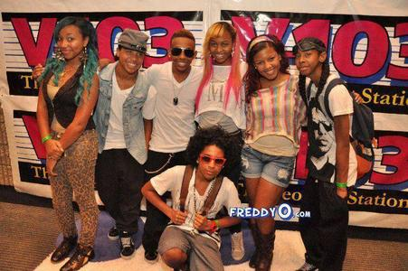 Is prodigy dating one of the omg girlz