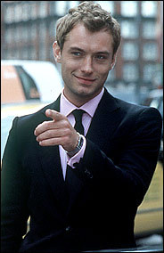 pag-ibig them,they are so sexy!(jude law in the photo).