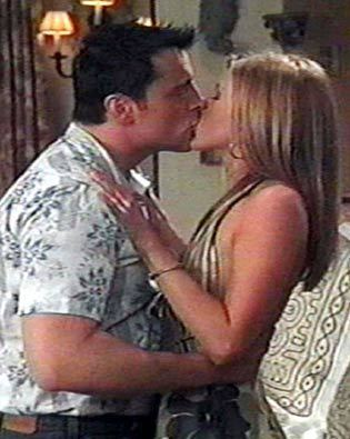 """my ship is on Jennifer aniston """"Rachel Green"""" & Matt leBlanc """"joey tribbiani"""" from friends  both actors  didnt like the ship and thought fans didnt like it either and felt like they were kissing their siblings and thought it was weird. and that rachel was always ment to end up with ross"""