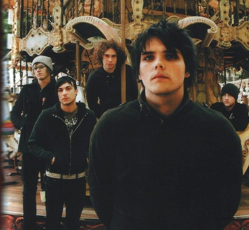 MCR <3 Well, they are my Избранное right now and have been for ages. I'll be shocked if someone beats them.
