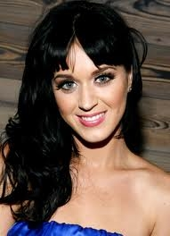 You don't really have to give me props, I'll just answer. I just amor Katy Perry <3