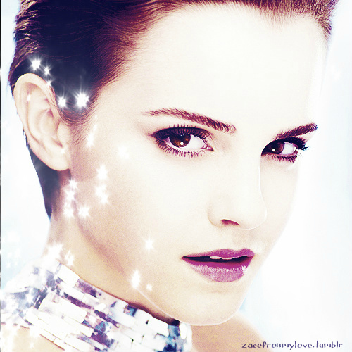 I hope this isn't considered rude since some people HATE Harry Potter... But آپ can't hate Emma Watson.