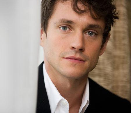 I'm choosing Hugh Dancy!!! He's really cute!!!