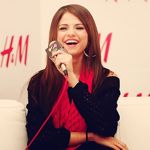 I love her so much she is my role model ♥