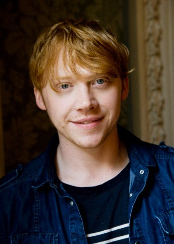 Hmmm..... Should I ask Rupert Grint to marry me TODAY? I shall. *Writes Letter to Rupert Grint*
