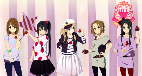 I 爱情 the art style in K-ON :) The detail of the instruments is great and I like their outfits and 总体, 整体 look ^.^