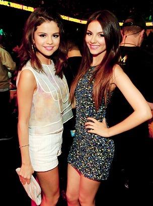 Selena Gomez and Victoria Justice