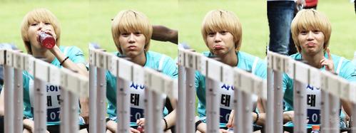 i love his facial expressions. =)