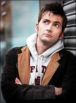 When I look at the sky, I daydream about David Tennant... //Shot//